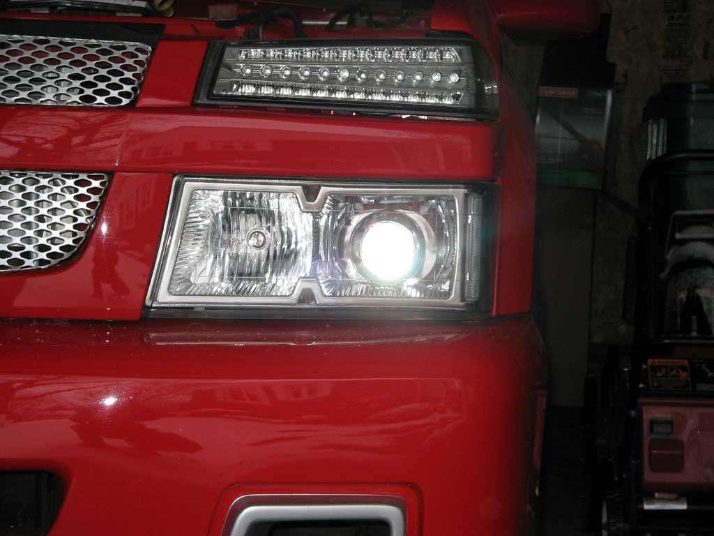 Led park lights chevrolet colorado gmc canyon forum for Chevy colorado interior lights